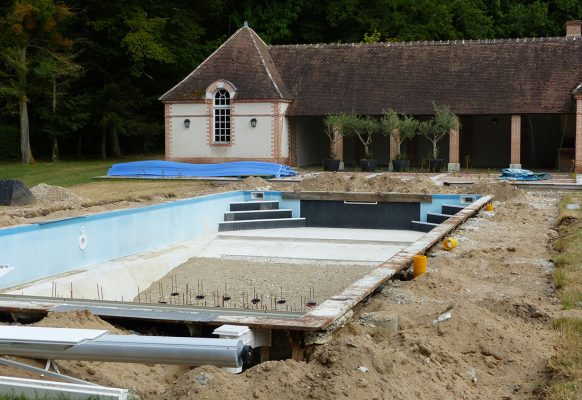 Piscine rénovation – Château des Grotteaux
